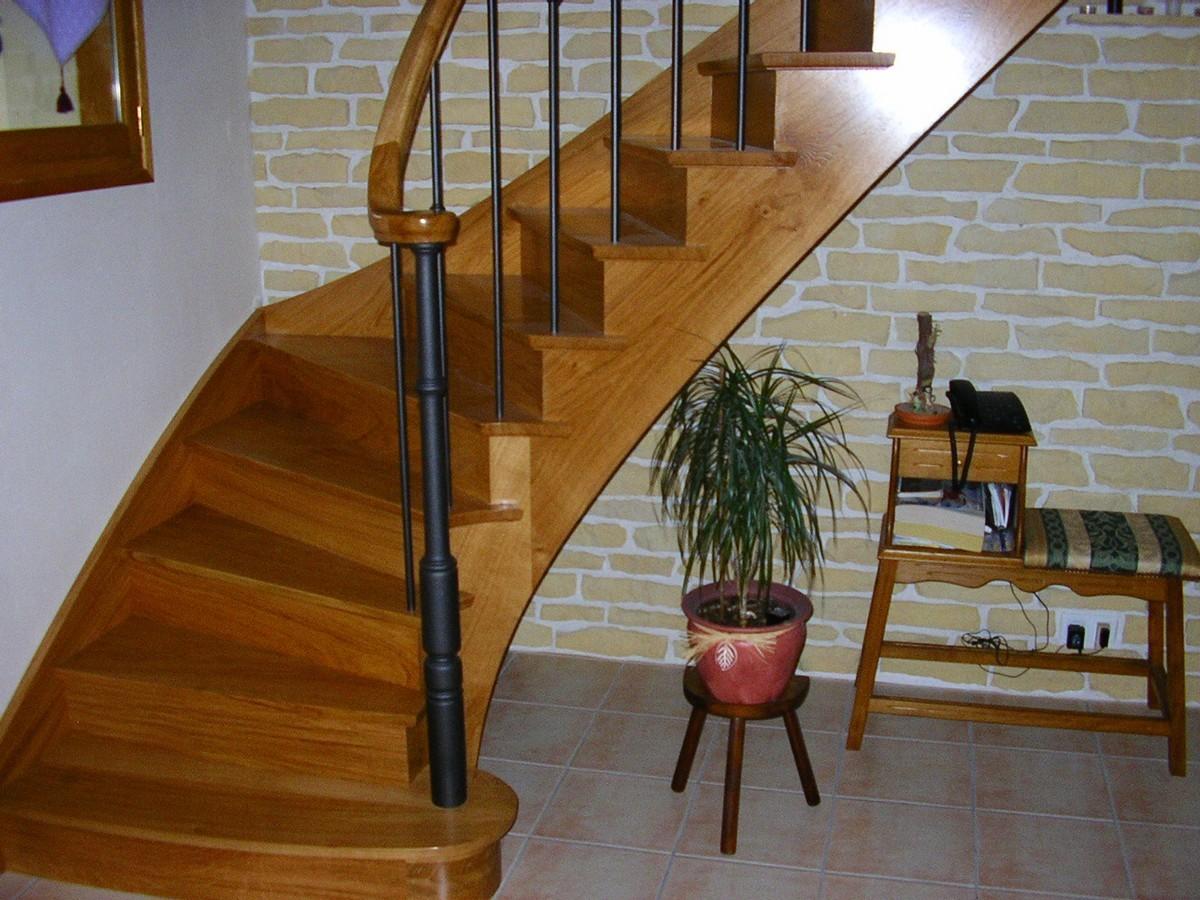 escalier l 39 anglaise atelier glotin pontchateau. Black Bedroom Furniture Sets. Home Design Ideas