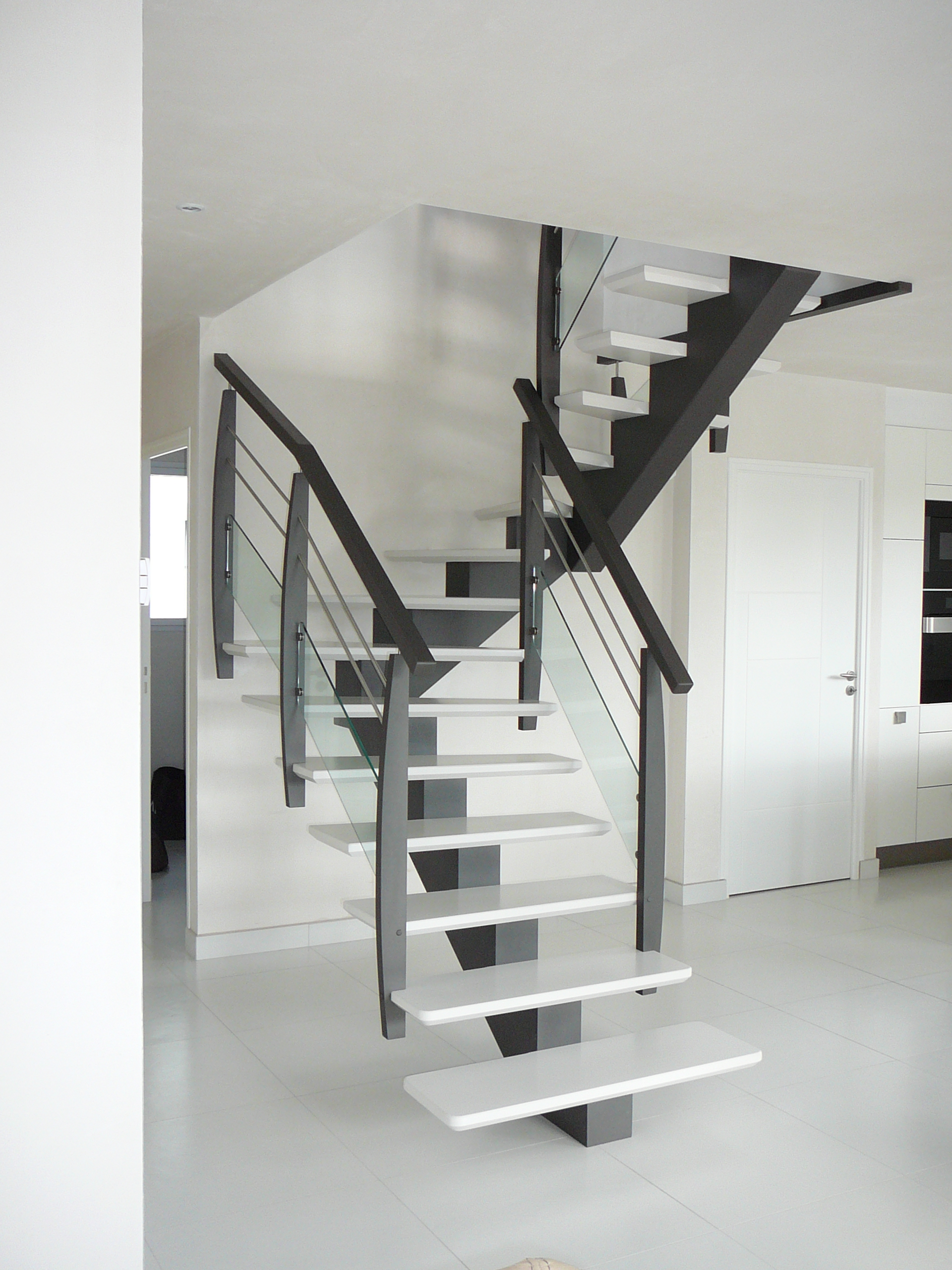 2 4 tournant atelier glotin pontchateau. Black Bedroom Furniture Sets. Home Design Ideas