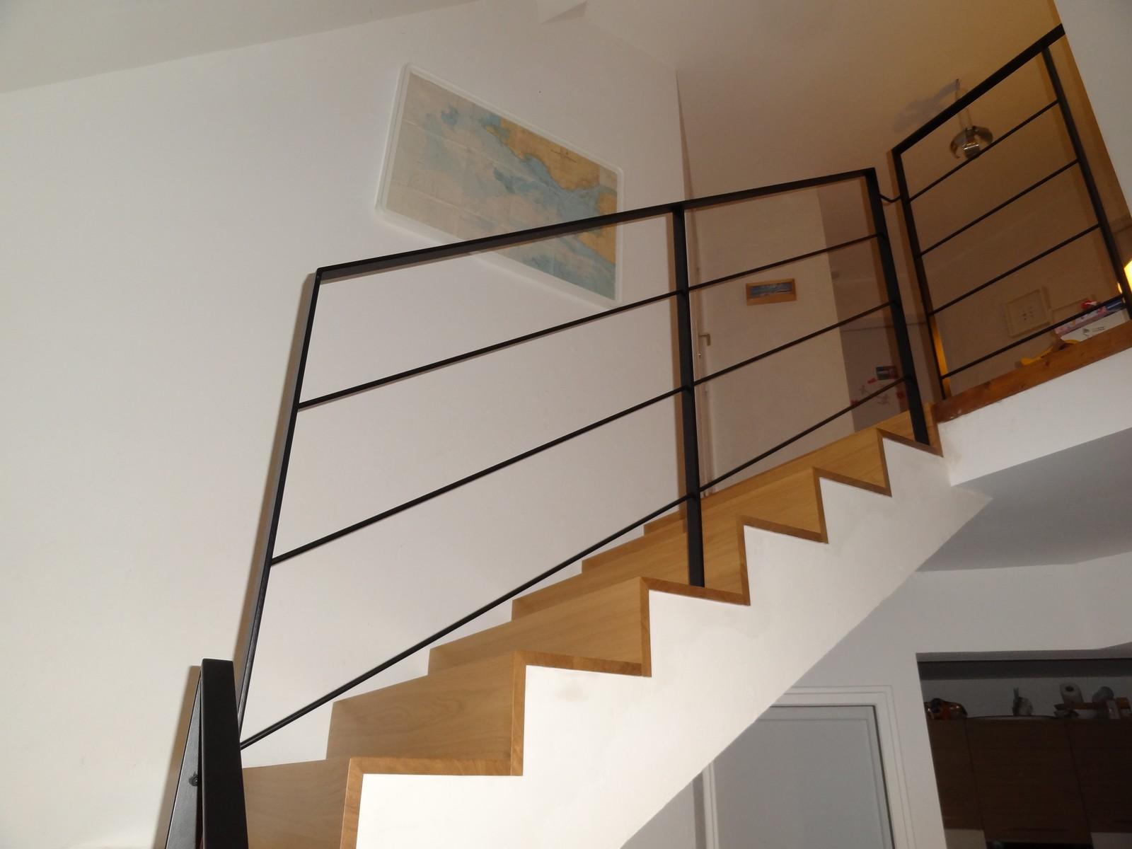 Escalier Bois Metal Noir accueil - atelier glotin à pontchateau fabrication d